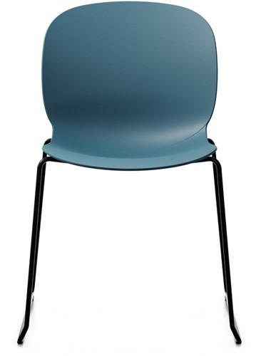 Bijzetstoel RBM Noor 6060 zitting en rug teel blue turquoise  frame slede in kleur zwart.