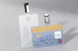 Veiligheidsbadge Durable t.b.v. veiligheidspassen of magneetformaat 54x90mm 25 stuks.