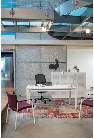 Bureau NPO Fyra instelbaar 120x80cm wit frame wit blad.