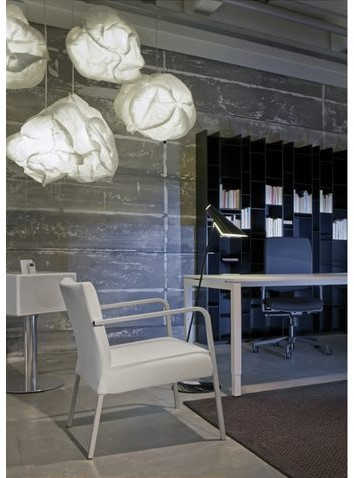 Bureau NPO Fyra instelbaar 180x80cm wit frame wit blad.