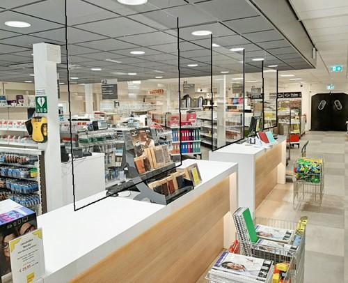 Scherm Flexiglas Corona 100x75cm transparant PVC hangend.