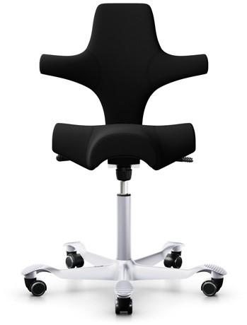 Bureaustoel HAG Capisco 8106 gestoffeerd xtreme zwart, voetkruis alu zilver en wielen zacht.