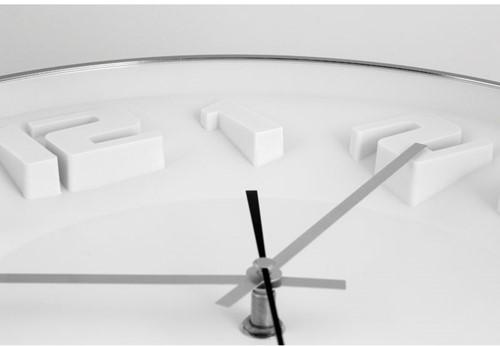 Wandklok TIQ diameter 335mm aluminium witte wijzerplaat silent move.-2